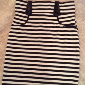 Dresses & Skirts - Black and white stripe high waist skirt M